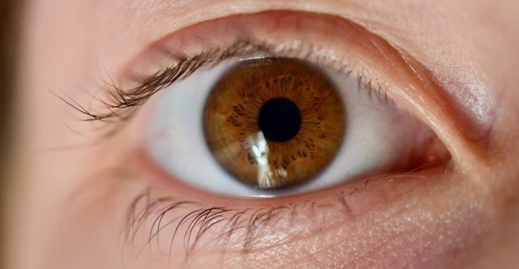 Was ist Astigmatismus? - Definition, Symptome und Ursachen